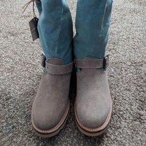 Tan/Aqua NWT Leather Boots
